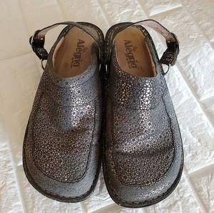 Alegria gray/silver clogs size 41